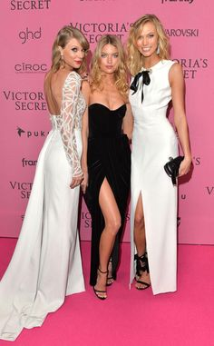 Taylor Swift Photos - Taylor Swift, Martha Hunt and Karlie Kloss attend the pink carpet of the 2014 Victoria's Secret Fashion Show on December 2014 in London, England. - Arrivals at the Victoria's Secret Fashion Show Photos Of Taylor Swift, Taylor Alison Swift, Victoria Secret Angels, Victoria Secret Fashion Show, Strapless Dress Formal, Prom Dresses, Wedding Dresses, Fashion Show Party, Non Plus Ultra