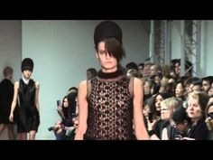 Défilé Simone Rochas, automne-hiver 2012-2013, fashion week Londres