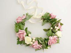 Madame Allure - Ślubny wianek z dużych róż 00647