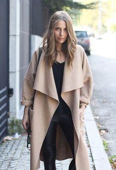 coat More Fashion, Shelter, Lado Divas, Street Style, Long Winter Coats, Outfit, Camels Coats, Camelcoat, Leather Pants Camel coat - in whatever shape or form.... Plus the leather pants. ahhhh Abrigos de solapa ancha que consiguen sacar tu lado diva (via Bloglovin.com ) CAMEL COAT TREND ALLERT 2015 OUTFIT IDEAS FASHION BLOGGER STREET STYLE #camelcoat