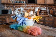 Errori nelle pulizie di casa: cosa NON fare