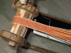 silk tablet weaving