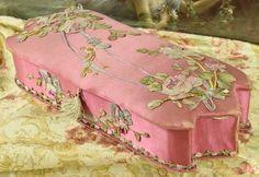 B790 - Amazing Antique French Silk & Roses Chocolate Box, F. Marquis, PARIS, 19thC