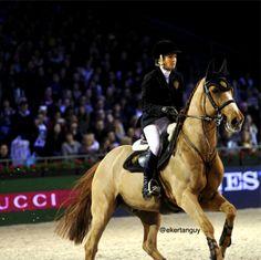 Edwina Alexander & Itot du Château #gucciparismasters #gucci #horse #rider #equestrian