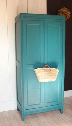 chambre, Armoire Parisienne Vintage Bleu Annees Gris Pigeon Trendy Little Peinte En: armoire peinte en gris