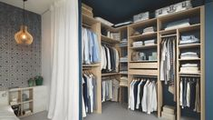 This walk in closet is crafted from melamine with a Pastel Oak finish. This bespoke interior solution embodies Schmidt's guiding values, namely superior quality, a flawless finish, millimetre accuracy and seamless integration into the room for a perfect walk-in wardrobe. Corner Wardrobe, Bedroom Wardrobe, Built In Wardrobe, Made To Measure Furniture, Furniture Making, Living Room Storage, Storage Spaces, Schmidt, Dressing Angle