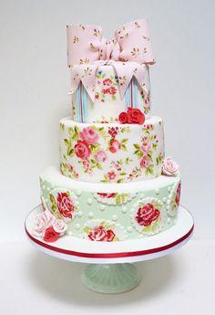 flower bow tie cake