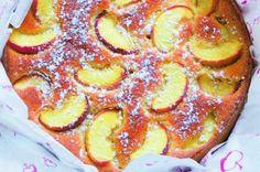 Citronový dort s broskvemi   Apetitonline.cz Pancakes, French Toast, Baking, Breakfast, Food, Lemon, Morning Coffee, Bakken, Essen