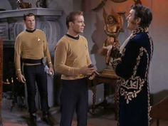 Star Trek - General Trelane shows off his technology to the Enterprise crew, and makes Kirk disappear (The Squire of Gothos)