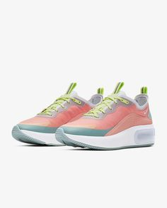 Pink Nike Shoes, Pink Nikes, Nike Air Max, Sneakers For Sale, Women's Feet, Fashion Shoes, Cool Style, Womens Fashion, Style Fashion