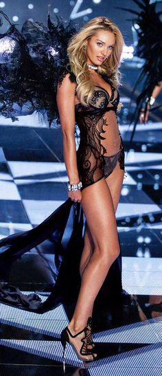 Candice Swanepoel for the 2014 Victoria's Secret Fashion Show