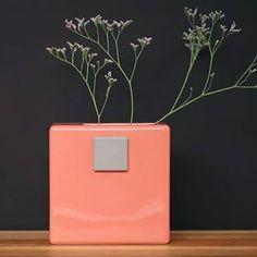 Ubikubi (@ubikubi) • Instagram photos and videos Flowers Today, Interior Inspiration, The Good Place, Planter Pots, Vase, Photo And Video, Store, Videos, Photos
