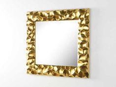Espejo cuadrado en dorado