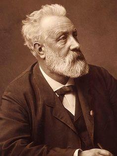 Jules Verne (8 février 1828, Nantes, France - 24 mars 1905, Amiens, France)