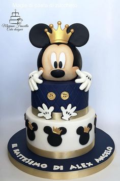 Mickey mouse - cake by Mariana Frascella - CakesDecor Minni Mouse Cake, Baby Mickey Mouse Cake, Bolo Da Minnie Mouse, Mickey Birthday Cakes, Baby Boy Birthday Cake, Mickey 1st Birthdays, Mickey Mouse First Birthday, Mickey Mouse Baby Shower, Mickey Cakes