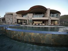 Million Dollar Rooms: Desert Mansion's pool.