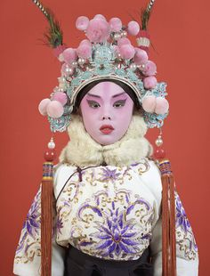 This was Charles Fréger's first trip to China. He returned there twice more while making the series Opera. Figure Photography, Creative Photography, Portrait Photography, Charles Freger, Non Plus Ultra, Chinese Opera, Cultural Identity, Oriental Fashion, Portraits