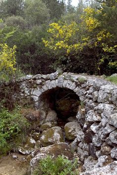 Small stone bridge in Lefkada