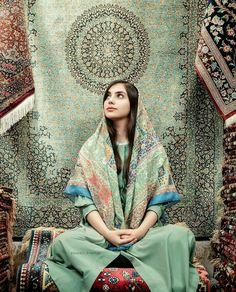Carpet Runners For Stairways – iranian carpet living room Persian People, Persian Girls, Persian Beauties, Persian Architecture, Purple Carpet, Persian Pattern, Persian Culture, Iranian Art, Beauty Around The World