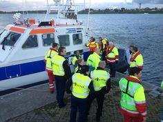GGD Kennemerland @ggdkennemerland De slachtoffers van het 'incident' worden nu van boord gehaald en opgevangen door de hulpdiensten.