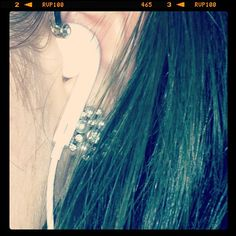 #fmsphotoaday  #day13 #sound #headphones #earphones #earring #greenhair - @laurenxashleighwls- #webstagram