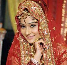 Hot Sara Khan  Image 13058 - more at http://modell.photos Topmodel Catwalk 2014 Fashion @modell.photos