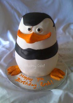 Madagascar Penguin Cake Fondant covered, modeling chocolate beak and feet. Madagascar Cake, Penguins Of Madagascar, Penguin Cakes, Penguin Party, Creative Cakes, Creative Food, Penguin Baby Showers, Three Tier Cake, Birthday Fun