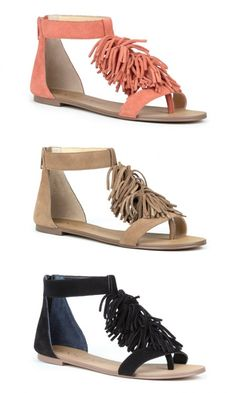 Genuine suede fringe sandals with a back zipper, T-strap shape and an artisan sock insole (for an all-day dry fit)