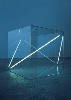 Boundless I, 1975 Acrylic glass cube, 68 x 68 x 68 cm Dualtone argon lighttube by Christian Herdeg