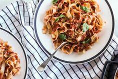 Recipe: pasta e fagioli with lentils and porcini mushrooms-Recette : pasta e fag. Recipe: pasta e fagioli with lentils and porcini mushrooms-Recette : pasta e fagioli aux lentilles et aux cèpes The Pasta E Fagioli, Pasta Salad Recipes, Meat Recipes, Recipe Pasta, Porcini Mushrooms, Stuffed Mushrooms, Spaghetti Bolognese, Bolognese Sauce, Vegetarian Italian