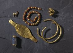 Necklace of spherical gold and cornelian beads; gold beads fluted. Third Dynasty of Ur term details 2150BC-2000BC