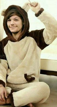 liam payne Jednodlovky na tma Larry Stylinson. One Direction Pictures, One Direction Memes, I Love One Direction, Fanfic One Direction, Larry Stylinson, Niall Horan, Zayn Malik, Liam Payne, Harry Styles Fofo