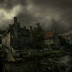 Stay in an old haunted house for a night! Miguel Angel, Abandoned Buildings, Abandoned Places, Haunted Images, Creepy Houses, Spooky House, Dark Castle, Spooky Places, Paris Hotels