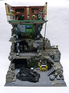 LEGO Batcave with Wayne Manor room that has the bat cave entrance. Legos, Lego Lego, Lego Ninjago, Batman Lego Sets, Lego Dc Comics, Lego Minifigure Display, Lego Boards, Amazing Lego Creations, Lego Construction