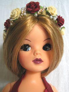 bride dolls Custom sindy doll for a wedding . customised to match the bride Sindy Doll, Doll Toys, Vintage Barbie, Vintage Dolls, Tammy Doll, Doll Sewing Patterns, Clothing Patterns, Doll Display, Bride Dolls
