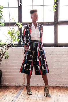 Love this suit set Cute Fashion, Boho Fashion, New Fashion, Fashion Design, African Inspired Fashion, African Print Fashion, African Wear, African Dress, How To Wear Culottes