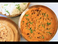 Jaisalmeri Chane is a black chickpeas curry in curd based gravy. This is a traditional dish from Jaisalmer, Rajasthan. It is referred as Kala Chana Kadhi al Jain Recipes, Indian Veg Recipes, Vegetarian Recipes, Cooking Recipes, Ethnic Recipes, What's Cooking, Yummy Recipes, Recipies, Veg Dishes
