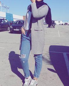 Hijab style❤️ Pinterest @adarkurdish
