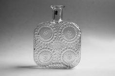 Vintage Transparent Vase Grapponia made by Nanny Still  70s - 1724. $117,00, via Etsy.