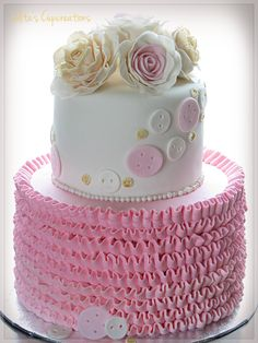 Lolita's Cupcreations (baby shower cake)