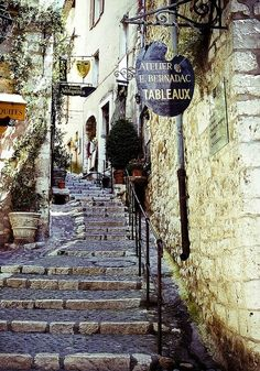 Picturesque villages and shops in Provence..