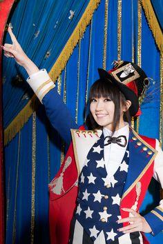 11月に初の海外公演を行う水樹奈々 ▼29Jul2013RBBTODAY 水樹奈々、初の海外公演のライブビューイングが決定! http://www.rbbtoday.com/article/2013/07/29/110288.html #Nana_Mizuki