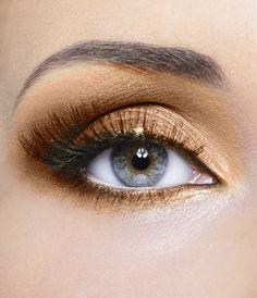 Sheer Miracle Mineral Makeup - Chocolate Silk Mineral Eyeshadow, $7.00 (http://www.sheermiracle.com/chocolate-silk-mineral-eyeshadow/)