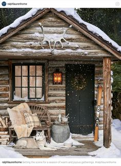 Totally want a cabin like this in the mountains!