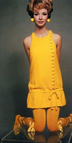 Bright colours are in order for 1960's inspiration... nothing is brighter than YELLOW!