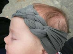 diy celtic knotted headband. So cute! Great tutorial as well. Great for babies to adults.