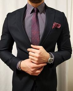 """449 curtidas, 1 comentários - Suit World (@suit.world) no Instagram: """"Classic details ⚡ via @classydapper ______________________ Follow us @suit.world for the best…"""""""
