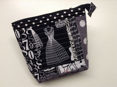ayliN-Nilya: Endless Zipper Pouch Tutorial - Sew Mama Sew Giveaway!