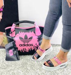Burberry Handbags, Gucci Bags, Louis Vuitton Bags, Big Girl Fashion, High Fashion, Nike Shoes, Sneakers Nike, Matching Couple Outfits, Adidas Bags