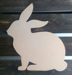 – Easter decoration garden concrete Things to consider depending on a beautifu… Wooden Projects, Wood Crafts, Diy And Crafts, Art Projects, Painted Tires, Wood Craft Patterns, Diy Ostern, Wood Dog, Christmas Wood